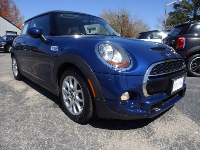 Certified Pre-Owned 2017 MINI Cooper S Hardtop 2 Door