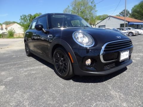 Certified Pre-Owned 2018 MINI Cooper Base